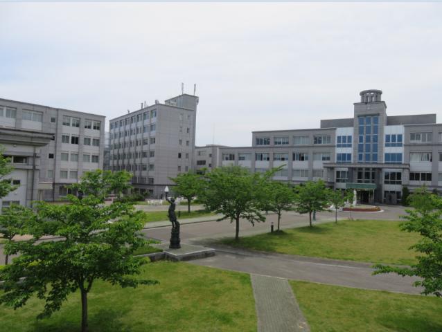 新緑のキャンパス4